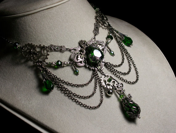 Emerald Green Crystal Steampunk Choke