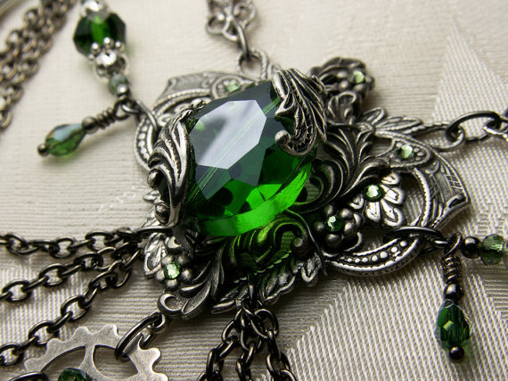 Emerald Green Crystal Steampunk Choker
