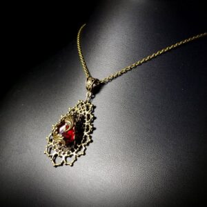 Red Bronze Pendant Neck A2